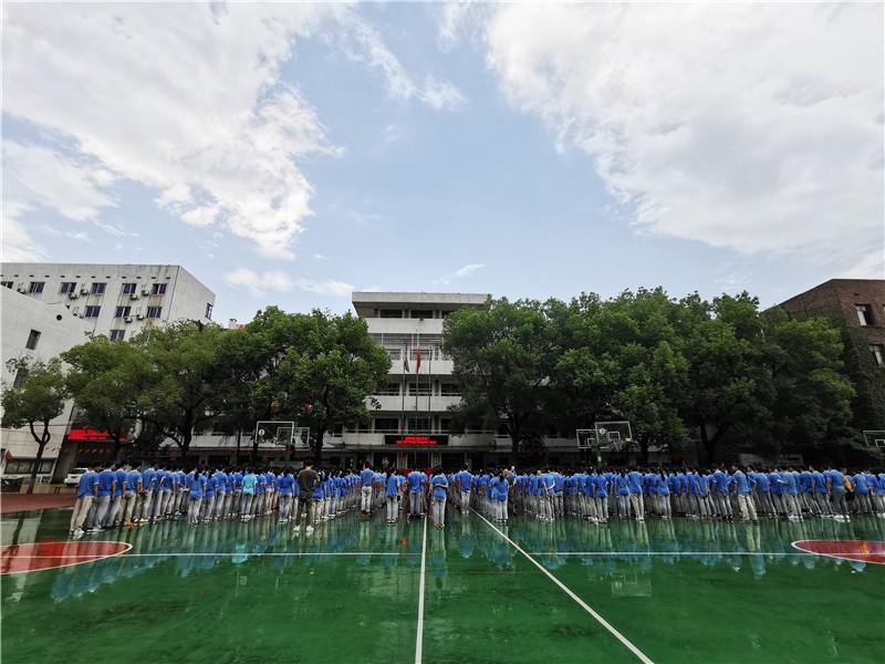 20200825【校园动态】非凡毅力,展望未来——记益智中学九年级军训